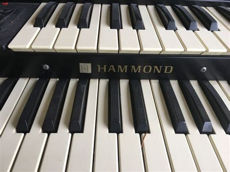 Hammond Organ N-200-needs some TLC or use for parts | eBay
